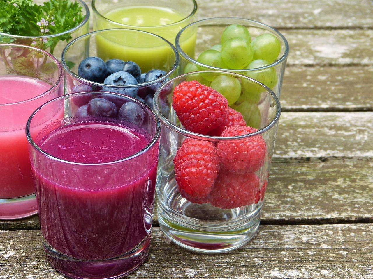 I succhi di frutta sono malsani come le bevande zuccherate?