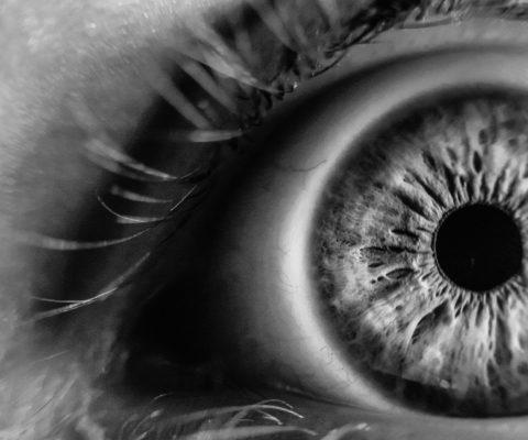 I disturbi della funzione visiva sono disagi sempre più frequenti… ecco cosa fare per prevenirli!!!