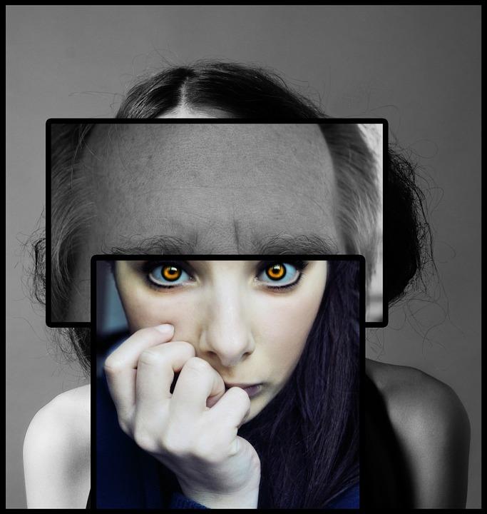 , DONNE ALLO SPECCHIO: La distorsione dell'immagine corporea