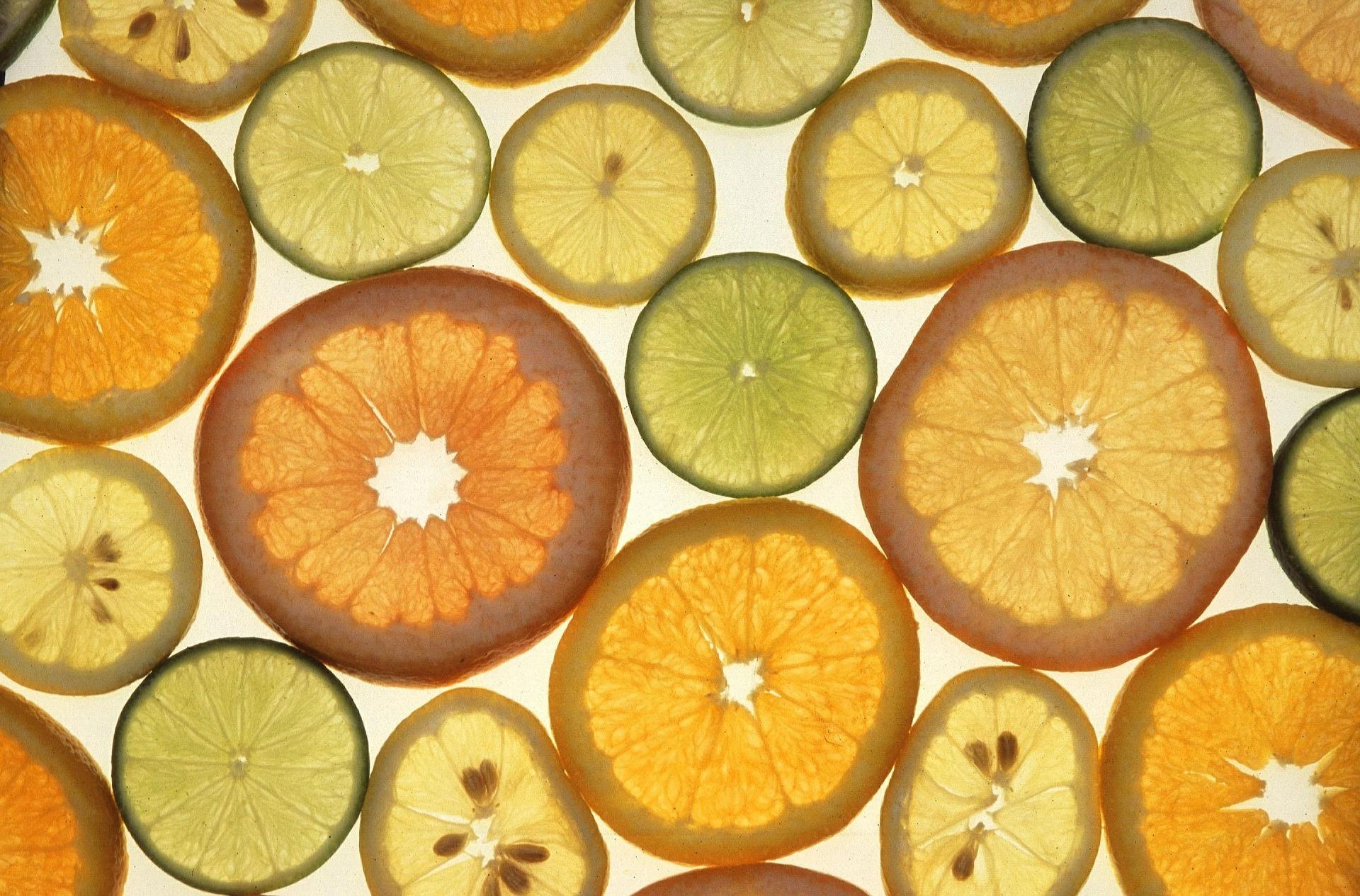 Vitamina C: possibile ruolo nella prevenzione del raffreddore e nella gestione della COVID-19